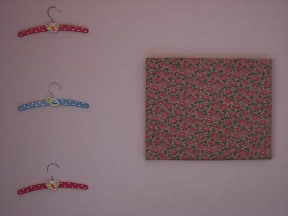 Wall_and_hangers_2